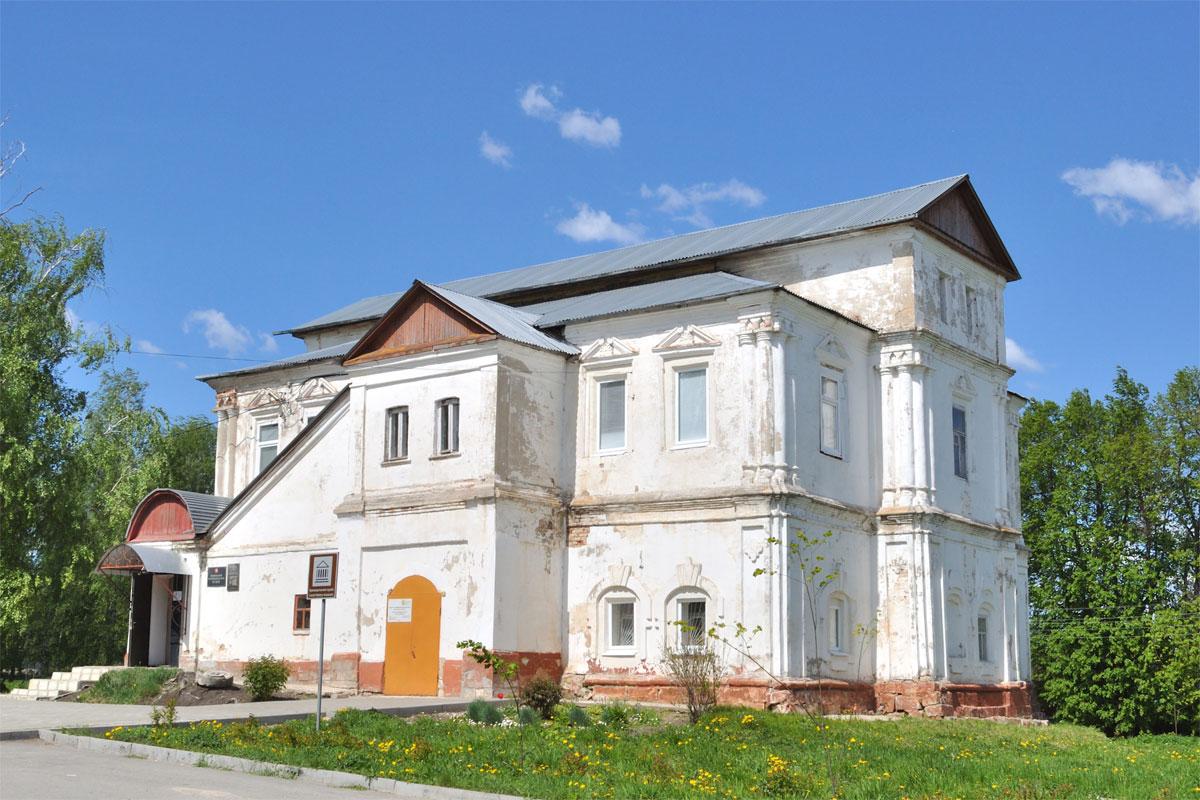 В Веневском краеведческом музее готовится выставка одежды жителей Тульской губернии